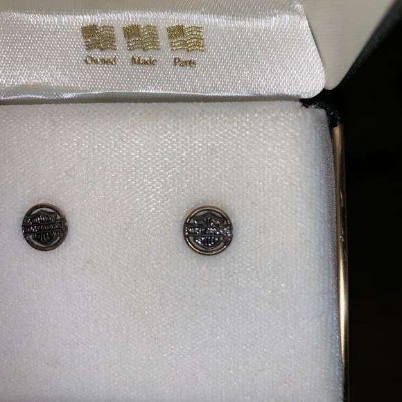 0b62b8cc8 Harley-Davidson Jewelry | Nwt Harley Black Hills Gold Stud Earrings ...